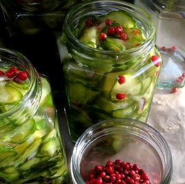 pickled%2520cucumbers_edited_edited.jpg
