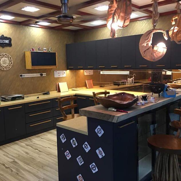 Premium Wood + ALIVA Series