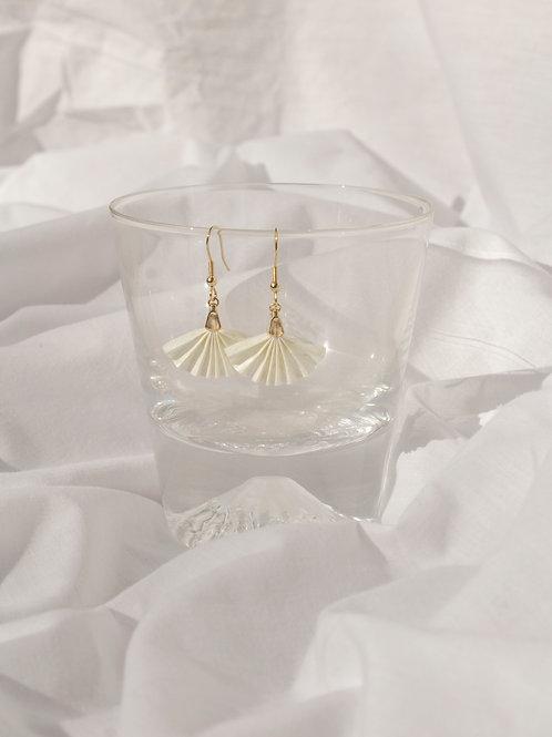 Sanpo Fan Earrings