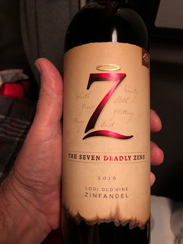 Red Zinfandel Win