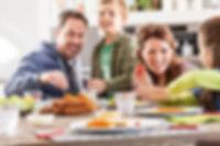 Sfeerbeeld gezin snacks_1280x853px_E_NR-