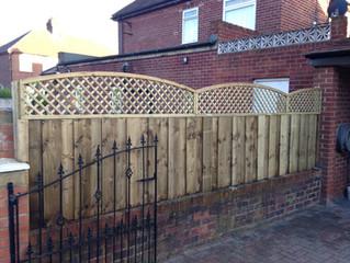 A premium fencing look achieved with trellis!