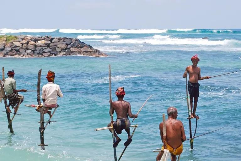sri-lanka-galle-beaches-3.webp