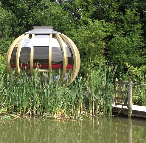 Ornategarden_pod_deluxe_summerhouse_20.j