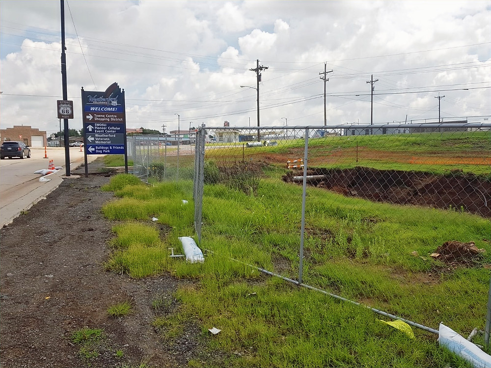 The site of the former sinkholes along Main Street in Weatherford, Oklahoma. Photo: Johannes Becht