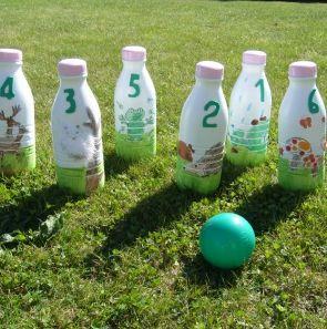 Jeu quilles bouteilles recylées