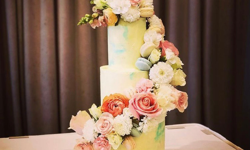 "TIERED | ""Cascade ALL day"" Cake"