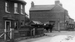 Borough Green Crossroads 1900 Horse & Cart