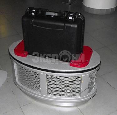 Gyro in suit-case - Гироскоп в чемодане