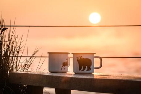 Lake coffee in the morning sun