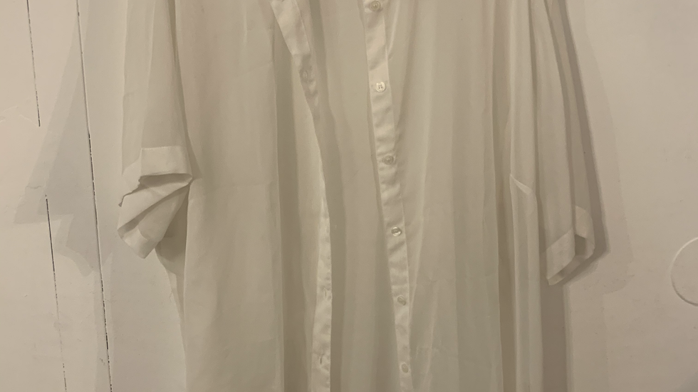 Blouse blanche taille 58-60