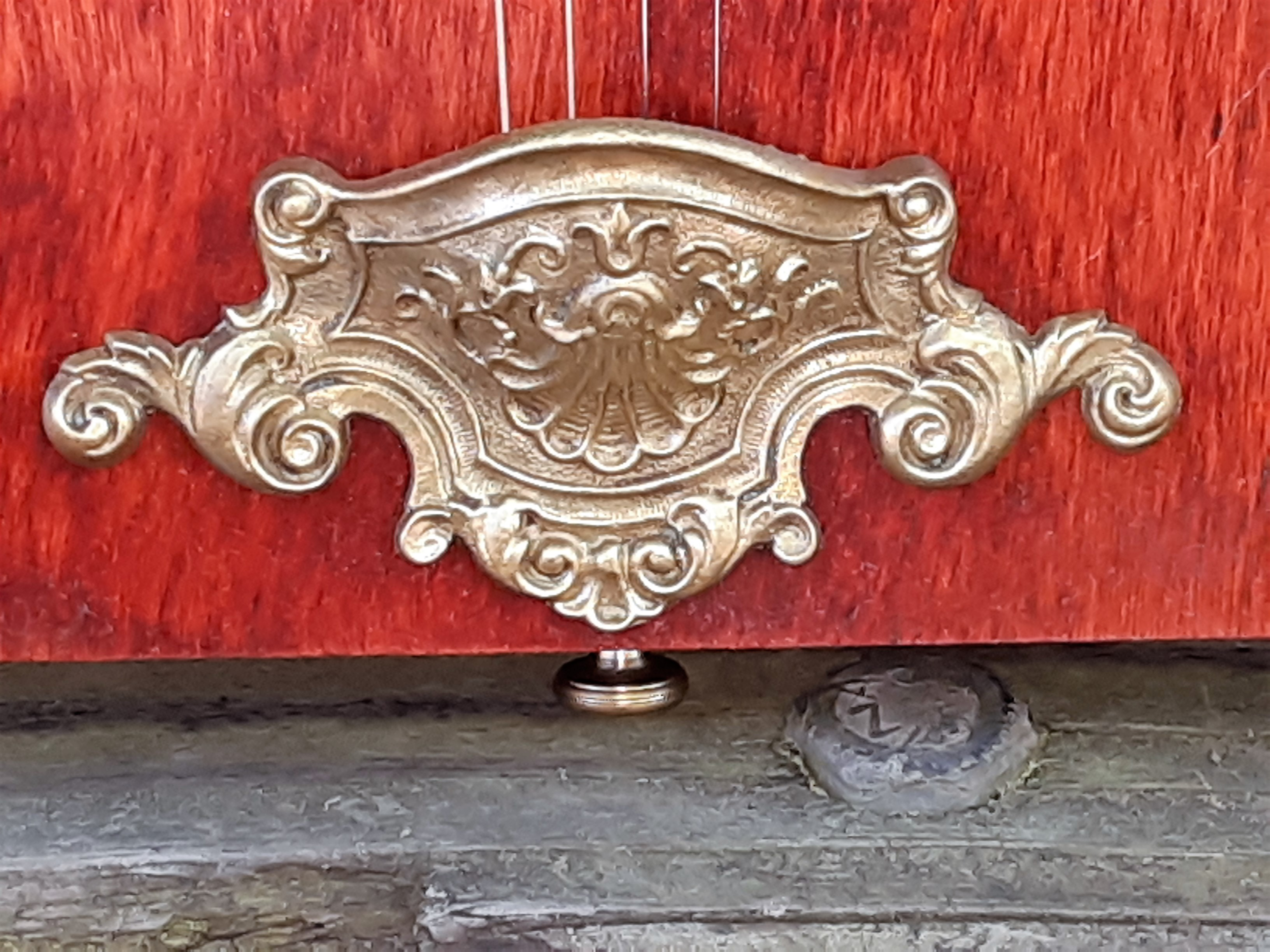 Antique Drawer Pull Tailpiece