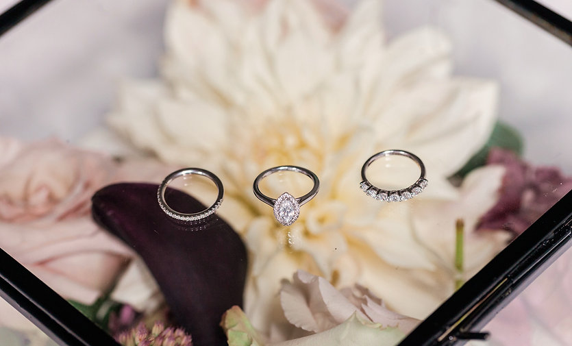 Amanda Karen, Diamond ring, marquise, engagement ring, wedding, eternity, flower box, fine photograp