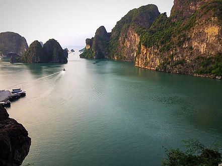 halong bay.jpeg