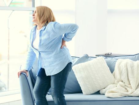 Pré-menopausa: esta pode ser a causa de sua dor nas costas
