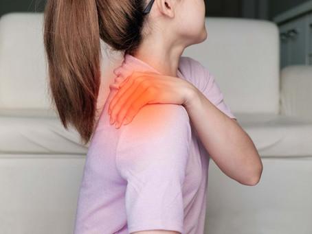 Síndrome do Impacto do Ombro: causas, sintomas e tratamento