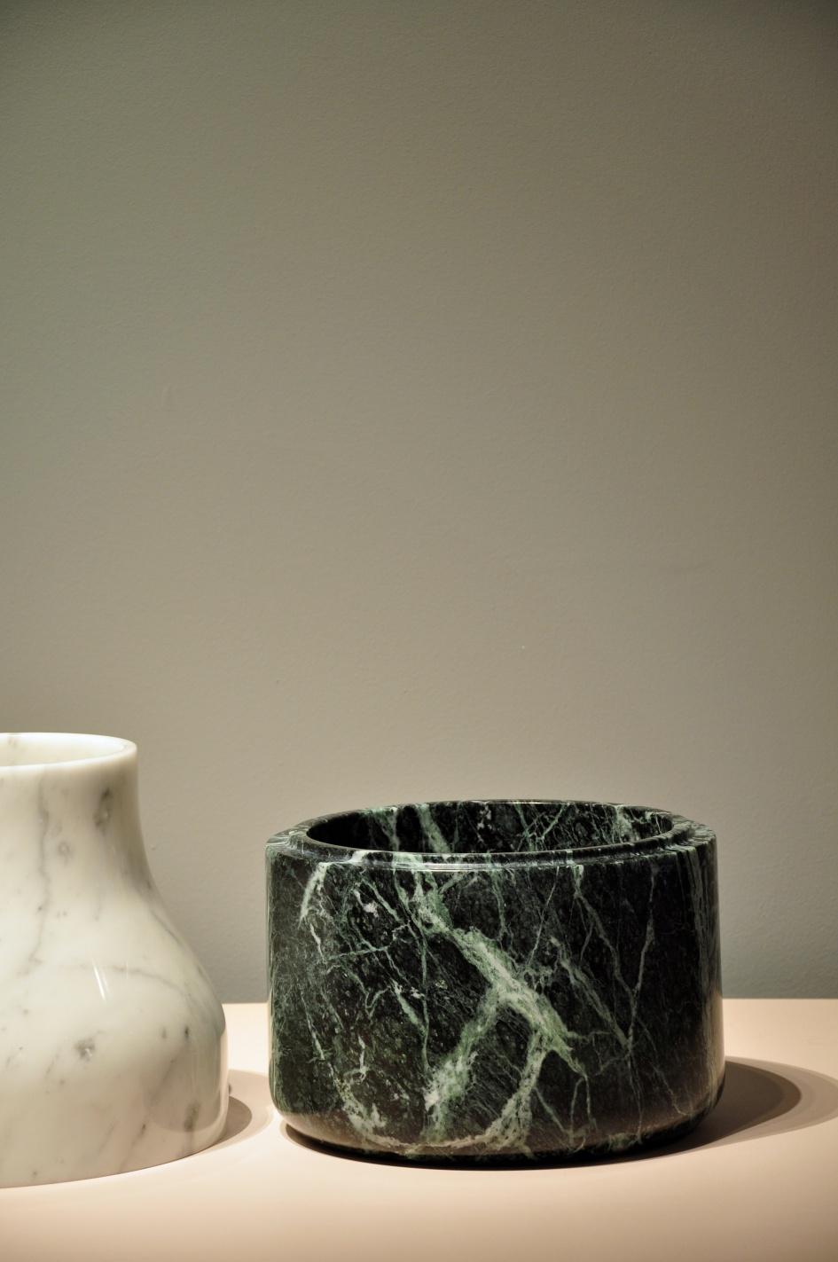 """Torsten Neeland """"Vase"""""""