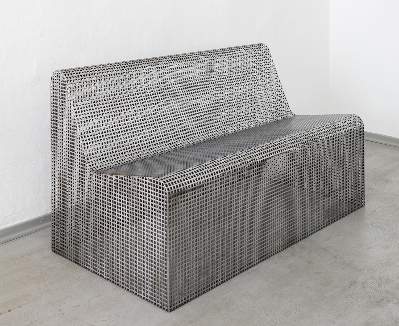Klemens Schillinger, Cage bench (c) L