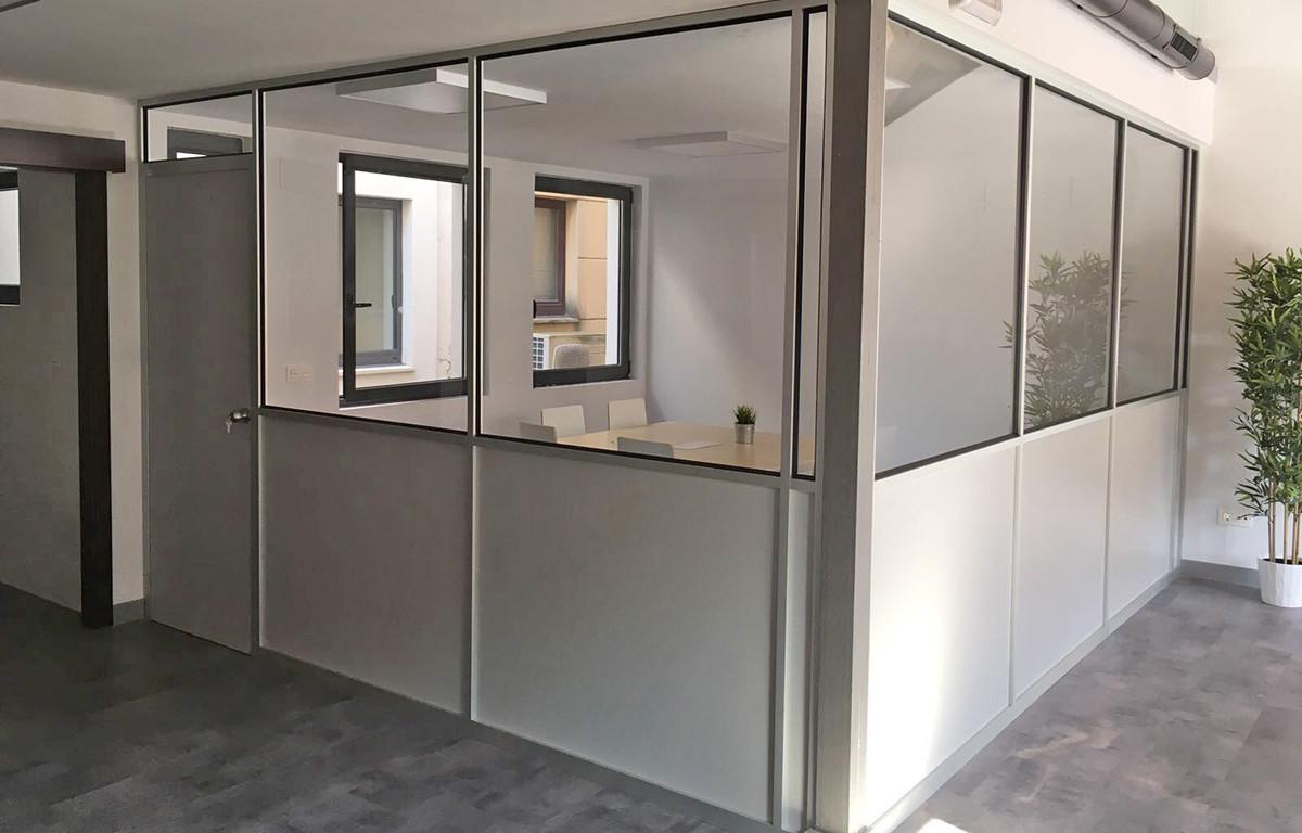 Buro mobiliario oficina en castellon mamparas for 8 6 mobiliario de oficina