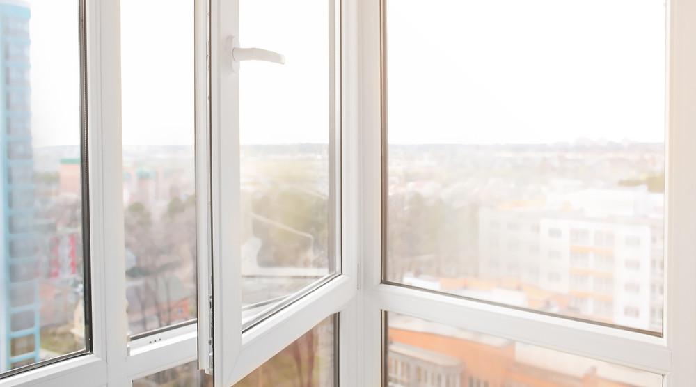 new windows window fitter in Leeds window installer
