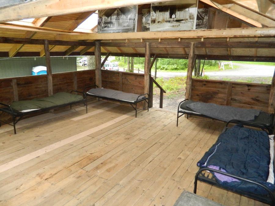 19 Cabin-08