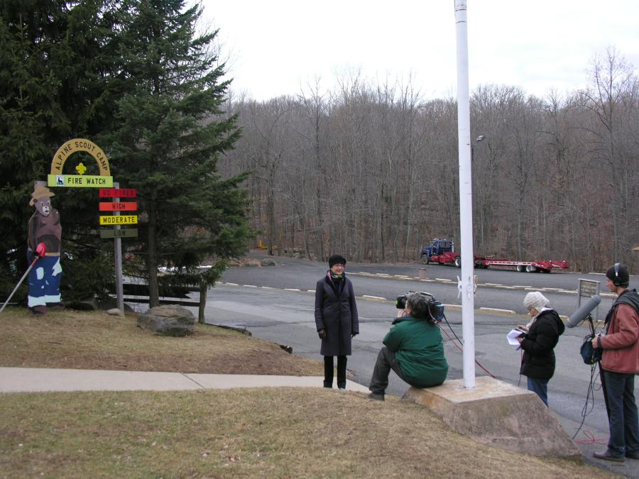 06-Gwen Wright Arrives in Camp
