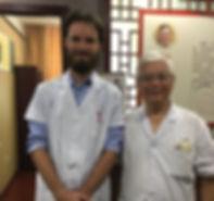 Esben Andersen akupunktør sammen med Dr. Tao i Kina. KlassiskAkupunktur i Århus