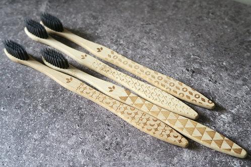BAMBRUSH Bamboo toothbrush | one year set