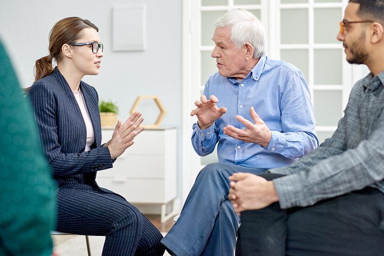 productive-conversation-with-psychologis