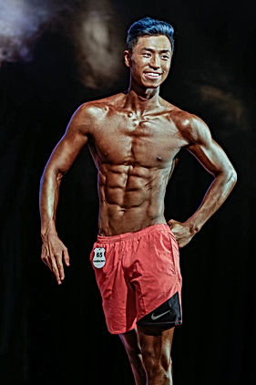 WFF MALE ATHLETIC MODEL COMPETITOR
