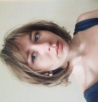 Sophie Headshot_edited.jpg