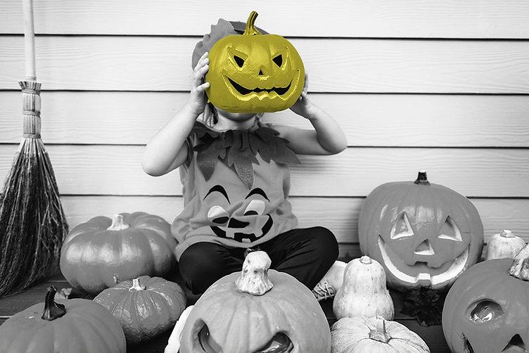 broom-carved-pumpkin-celebration-1484213