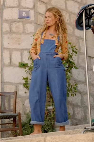 Dungarees Outfit.jpg