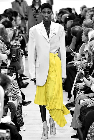 walking dow catwalk black and white yellow