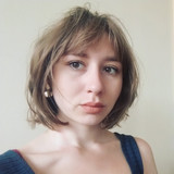 Sophie Headshot.jpg