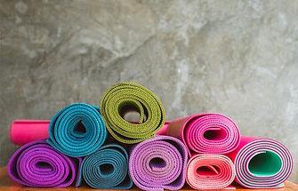 yoga-4650150_640.jpg