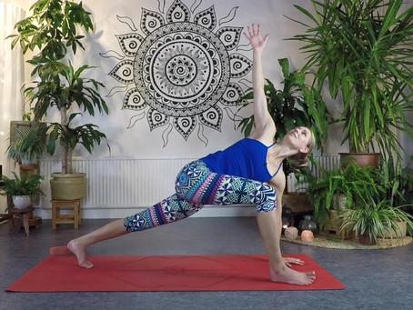 Yoga via Zoom fortsätter