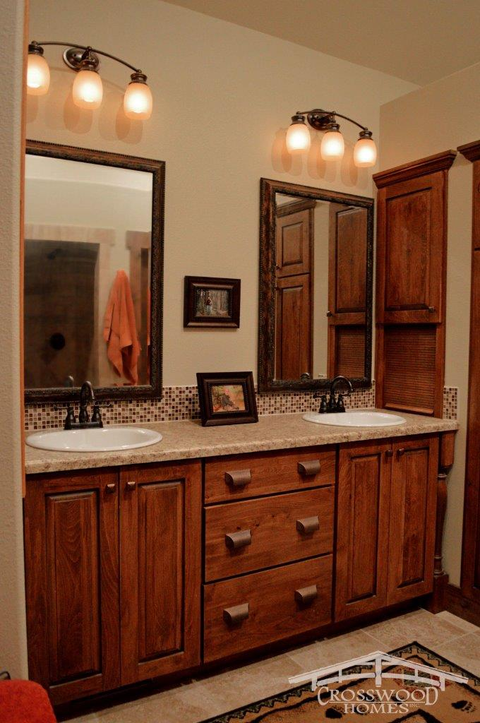 Crosswood Homes Model Master Bath1