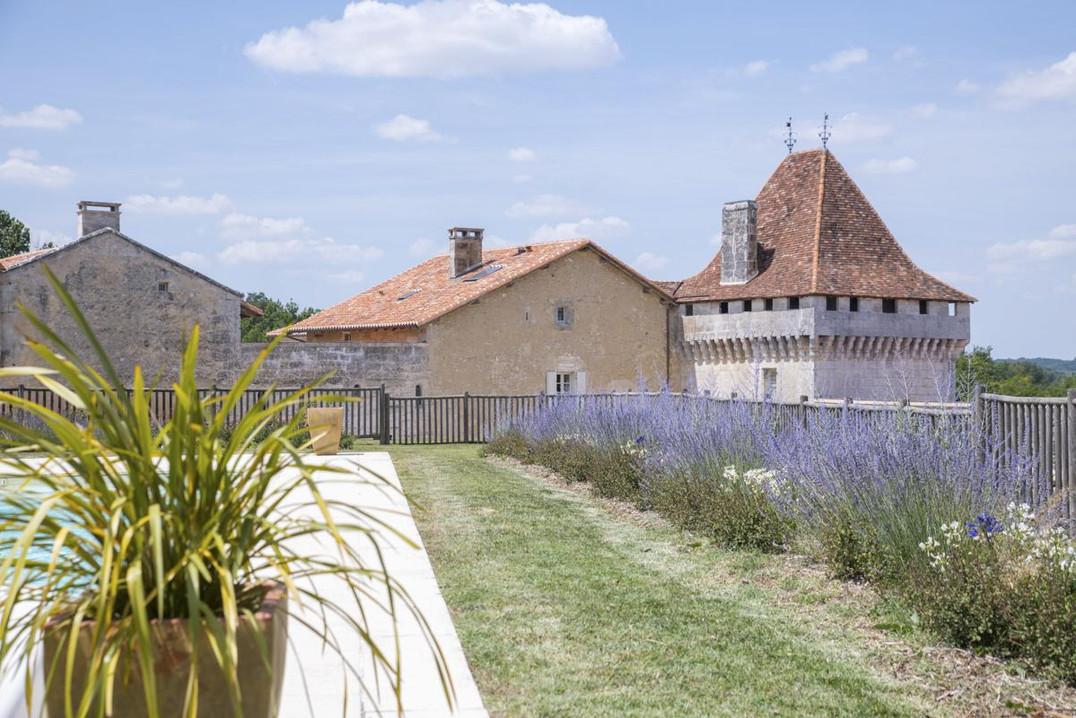 Vue sur le Château piscine