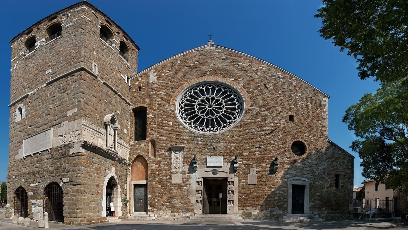 La Campana Di San Giusto.Cattedrale Di San Giusto Viaggi Trieste Trieste