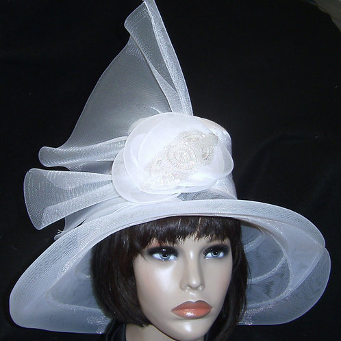 White horsehair bridal hat