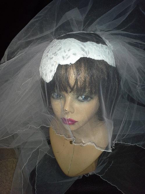 White & silver open bridal crown