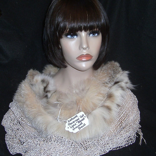Knit shawl with fur