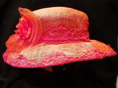 Red sinamay crown-brim combo