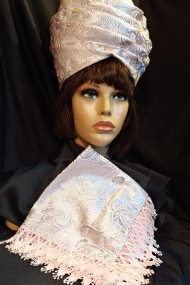 Soft Pink Paisley crown & hankie