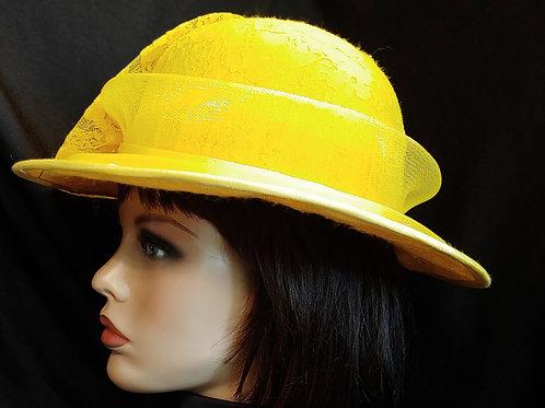 Lemon yellow crown/brim
