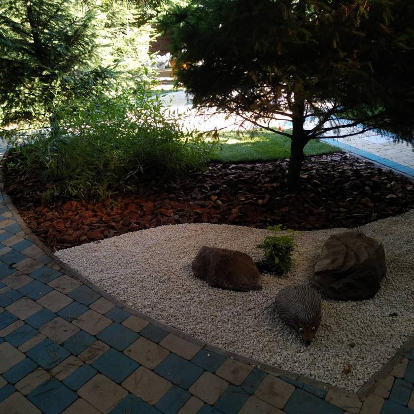 Ландшафтное озеленение и малые архитектурные формы