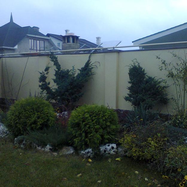 Посадка растений. Озеленение альпийской горки в Одессе