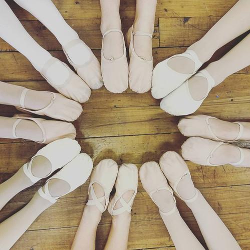 AIM Ballet Dancers