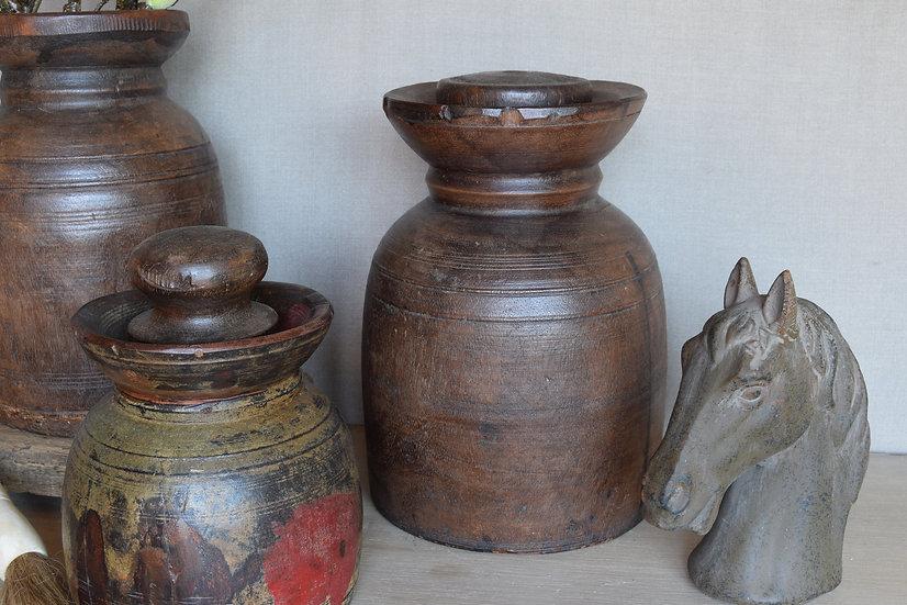 OUDE HIMACHAL POT / NEPALESE  KRUIK - RECHTS